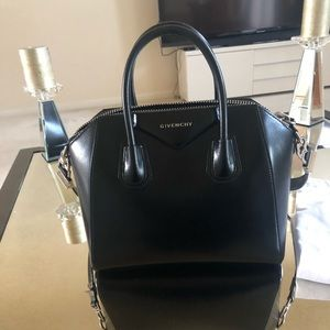 Authentic Givenchy Antigona Handbag